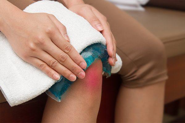 Viêm khớp gối sẽ gây ra nhiều biến chứng nguy hiểm nếu người bệnh không chữa trị kịp thời