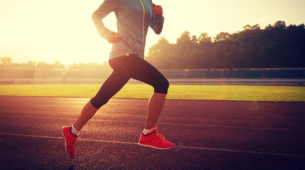 Thoái hóa khớp gối có thể do chấn thương thể thao