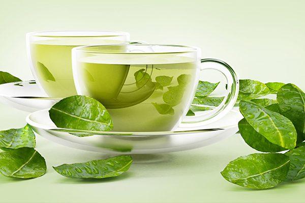 Trà xanh chứa nhiều hoạt chất chống viêm, giảm sưng cho người bệnh
